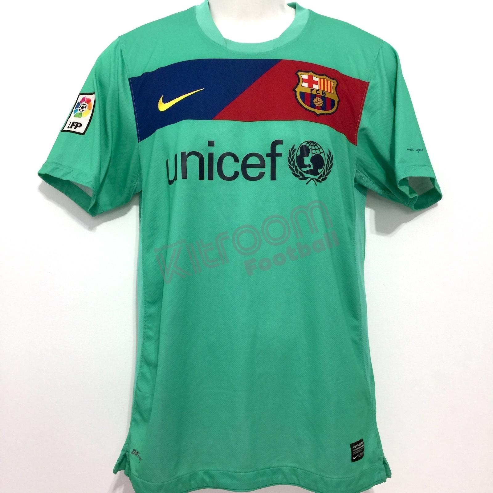 ff5c96d9a 2010-11 Barcelona Away Shirt David Villa  7 Nike (Very Good) S.  FCB10ASSS-VG-7DV%20(1).JPG. FCB10ASSS-VG-7DV%20(2).JPG