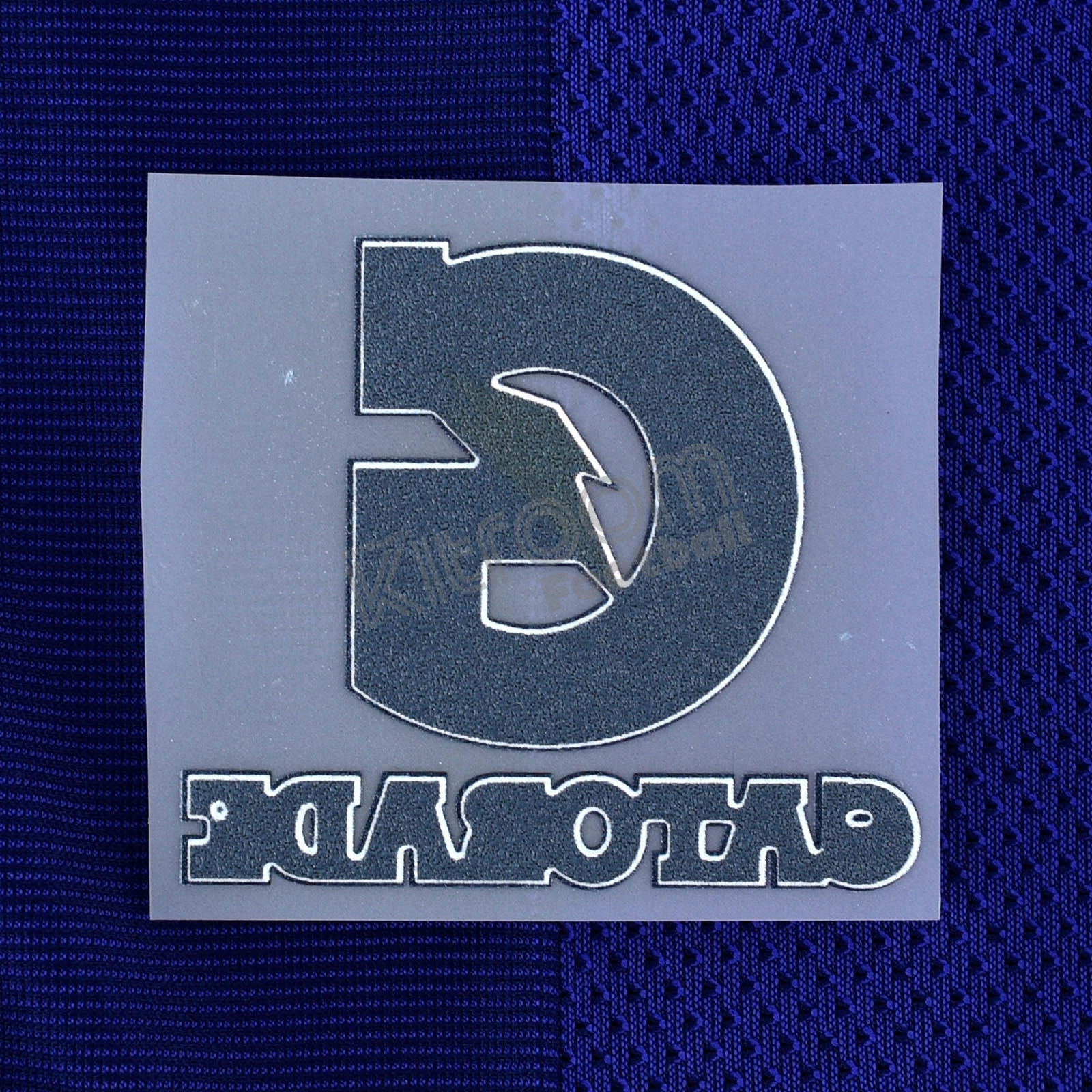 2014-16 barcelona preseason gatorade away player issue patch.