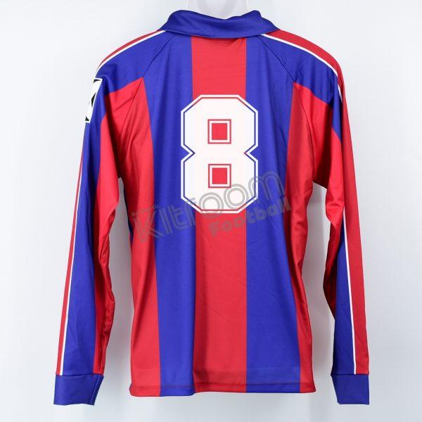 7827ba386 1994-95 Barcelona Retro Champions League Home L S Shirt Stoichkov  8 ...